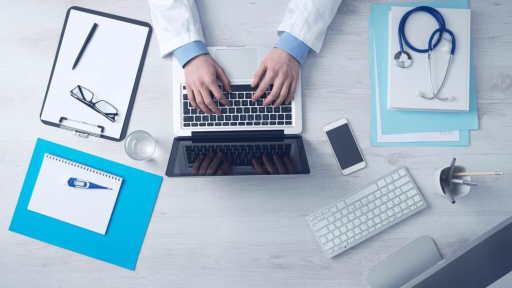 Typing a doctor on the Computer