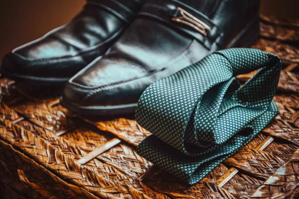 Businessman tie  & shoes
